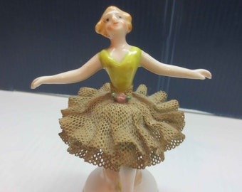 Ballerina in green, Porcelain Lace Figurine, Occupied Japan