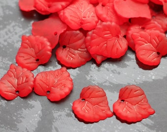 30pcs 16mm Red Acrylic Lucite Leaves Beads Matte Plastic Frosted Heart Leaf leaf pendant charm