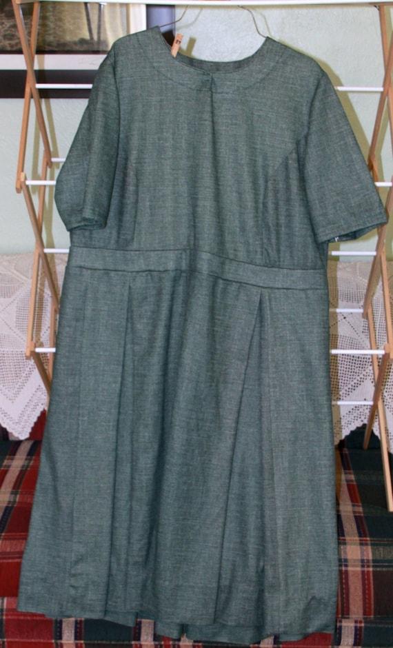 green mennonite dress plus size by paulasthisandthat