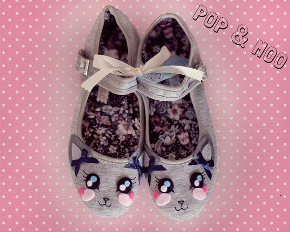 Grey feline flats - Kawaii mary janes - Cute cat shoes UK Size 8 (EUR 41, US 10)