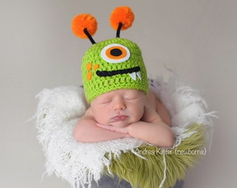 Monster hat - newborn photography prop - newborn hat - halloween