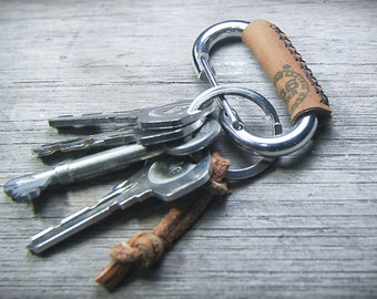 Carabiner leather wrapped keychain, Key ring, Key fob, Tan leather