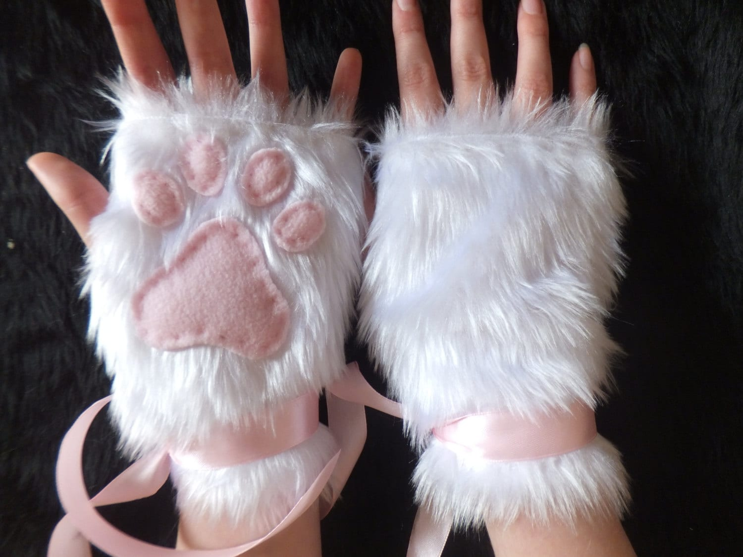White Furry Cat Gloves