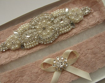 Wedding Garters, Bridal Garter Set, Crystal Rhinestone &Pearl / Vintage Inspired Garter / Blush - Dusty Pink Lace / Vintage Lace Garter