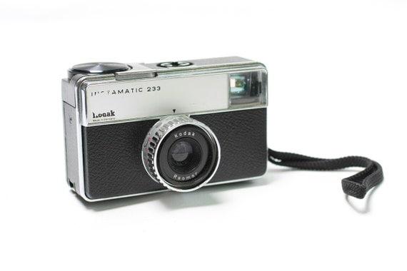 Vintage Kodak Instamatic 233, Collectors Box  Rare Camera, ohtteam,  Fully Operational, German Camera