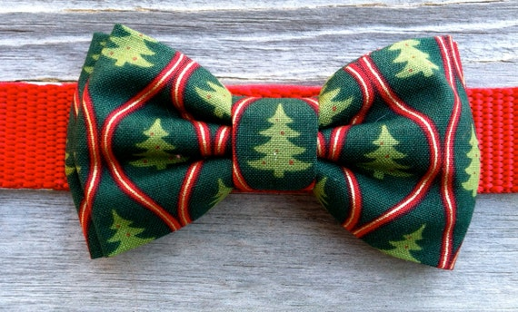 Items Similar To Dog Bow Tie- Christmas Tree On Etsy