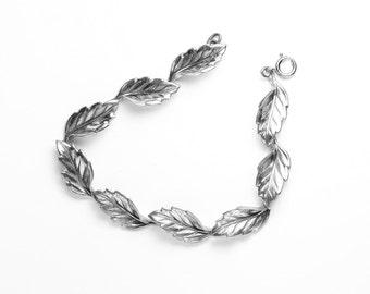 Beau Sterling Leaf Link Bracelet