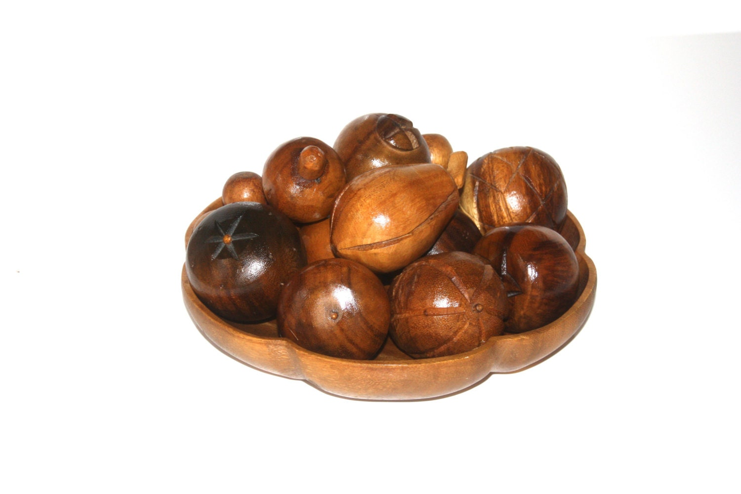 Mid century wood bowl with hand carved fruit by uptownfound