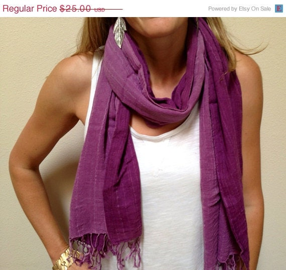 40% OFF SALE Fall Scarf, Wine Purple Scarf, Fall Fashion , Two Tone Scarf, Cute Scarf, Pretty Scarf, Comes in a Organza Gift Bag, Woman Gif