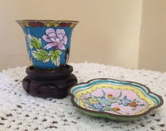 Vintage pretty  miniature Cloisonne Turquoise Vase with stand- and Trinket dish China Turquoise 2""