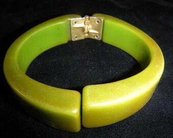 Vintage Olive Green Bakelite Hinged Bracelet