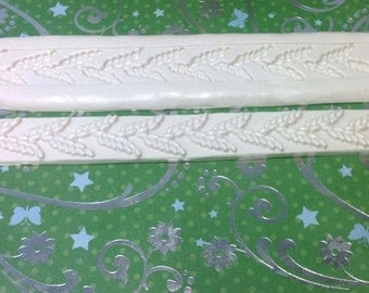 """2 PC/Set 9"""" by 2"""" Leaf Border Silicon Lace Mold"""
