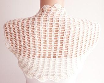 Bridal Shrugs, crochet Ivory, Cream Wedding, Boleros
