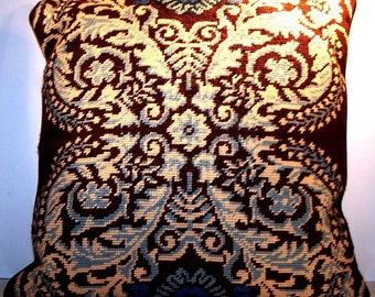 Vintage DL Rheims Needlepoint Decorative Pillow