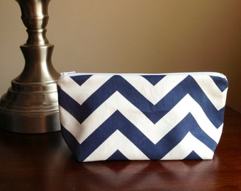 Make up, cosmetic bag, zipper pouch, bridesmaid clutch - navy chevron zig zag