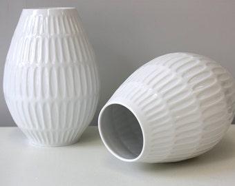 Set of 2 vintage white vases porcelain Op-Art stripes relief, Germany Edelstein