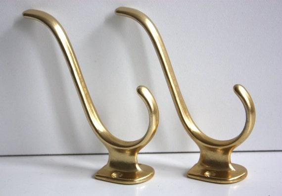 2 vintage haken kleiderhaken gold alu eloxiert von. Black Bedroom Furniture Sets. Home Design Ideas