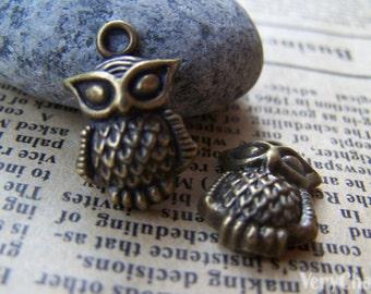 10 pcs of Antique Bronze Tiny Owl Charms 13x16mm A134
