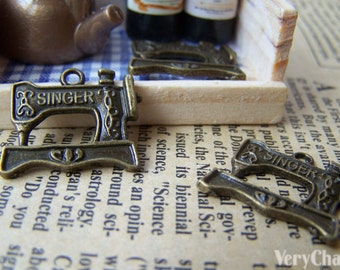 10 pcs of Antique Bronze Sewing Machine Charms 18x20mm A3361