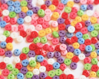 100 Micro Mini Buttons 6mm - Mixed Color Resin Buttons - Multi Coloured Plastic - Tiny Buttons - RS02