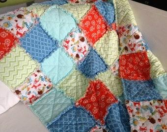 Woodland rag crib quilt