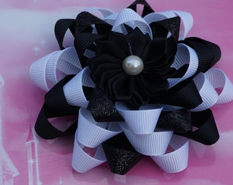 black  and white hair bow, Black  and cream hair bow,  black hair bow. Christmas hair bow, Holiday hair bow, hair bow, baby hair bow,