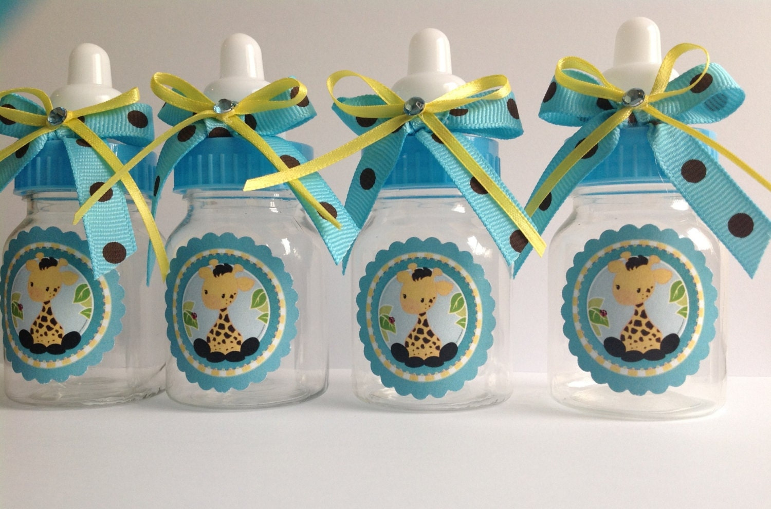 baby giraffe bottles baby shower favors by marshmallowfavors