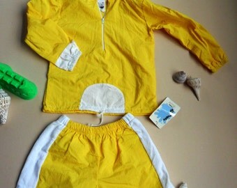 ON SALE--wind breaker with shorts for children-size: 12mos,18mos,24mos/2T,4T,5,6,7  The size runs small, please order 2 size up!