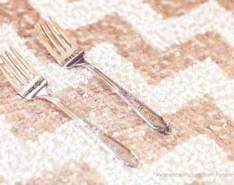 Chevron Sequin Table Cloth Runner MADE TO ORDER, Chevron White and Pure Gold / Champagne Gold / Silver Sequin Linen for Wedding Table Decor