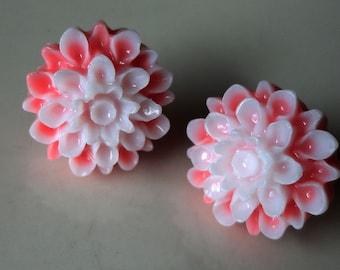 Two-tone Dahlia Flower Pink/White 17mm Resin Post Earring