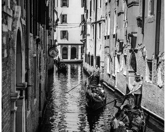 """DIGITAL DOWNLOAD - Printable Photography """"Venice - Gondoliers"""" - Print Your Own - large size JPEG up to 30x45 cm"""