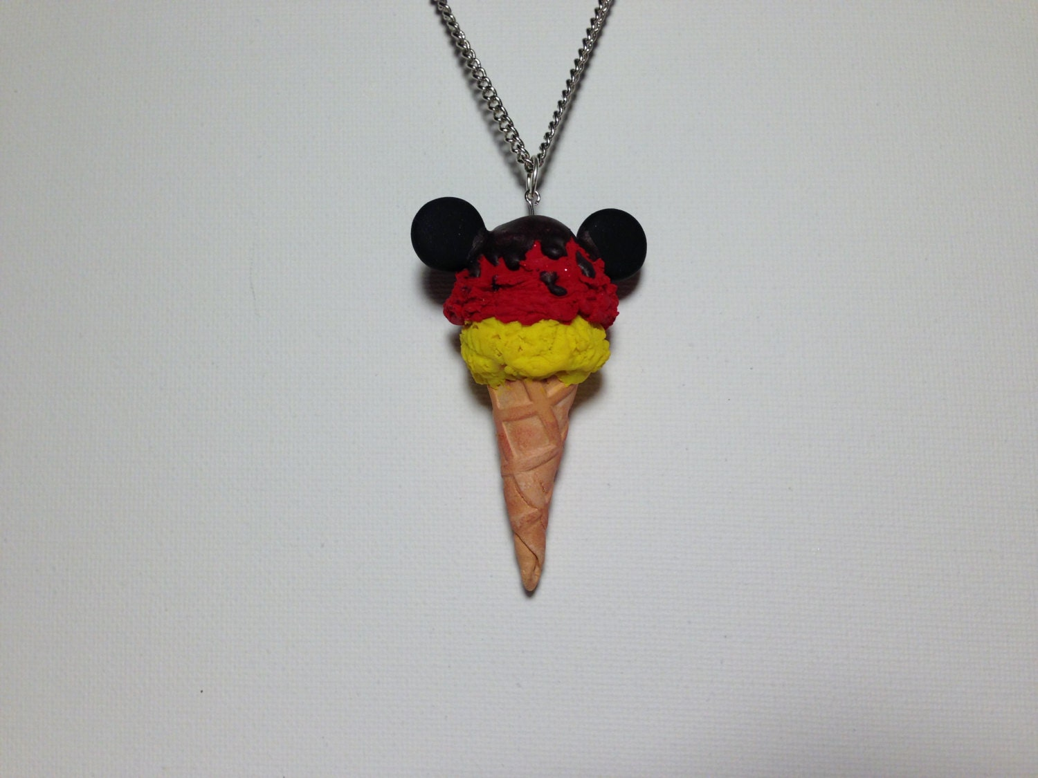 mickey mouse ice cream pendent. Black Bedroom Furniture Sets. Home Design Ideas