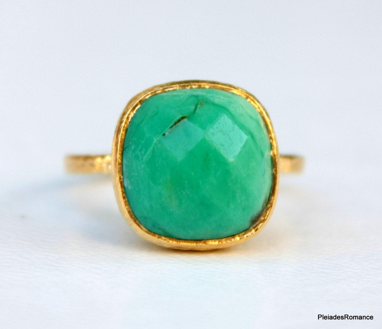 green chrysoprase gemstone gold ring green bezel ring. Black Bedroom Furniture Sets. Home Design Ideas