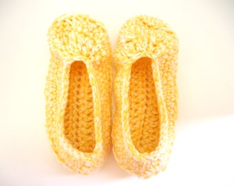 Yellow and off white women's slippers, crochet booties, house shoes, valentine's day gift, ready to ship
