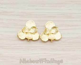ERG133-MG // Matte Gold Plated Three Leaf Double Layer Flower Ear Post, 2 Pc