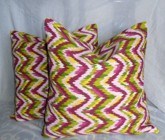 Mixed Color with Chevron Patterns Decorative Pillow Cover