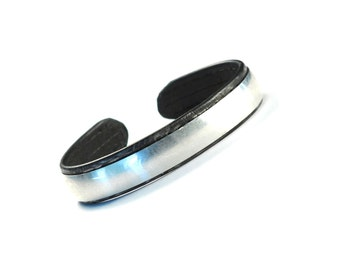 FREE SHIPPING!  The Retro Large - Mens - Womens - Smooth Extra Wide Low Dome Bangle - Sterling Silver 925 With Black Leather Lining