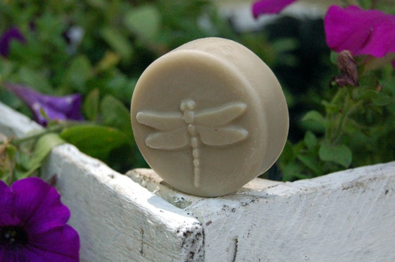 like Moonlight Path - Beeswax Lotion Bar 2oz tin