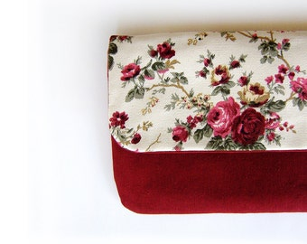 Burgundy and Ivory Floral Pattern Clutch