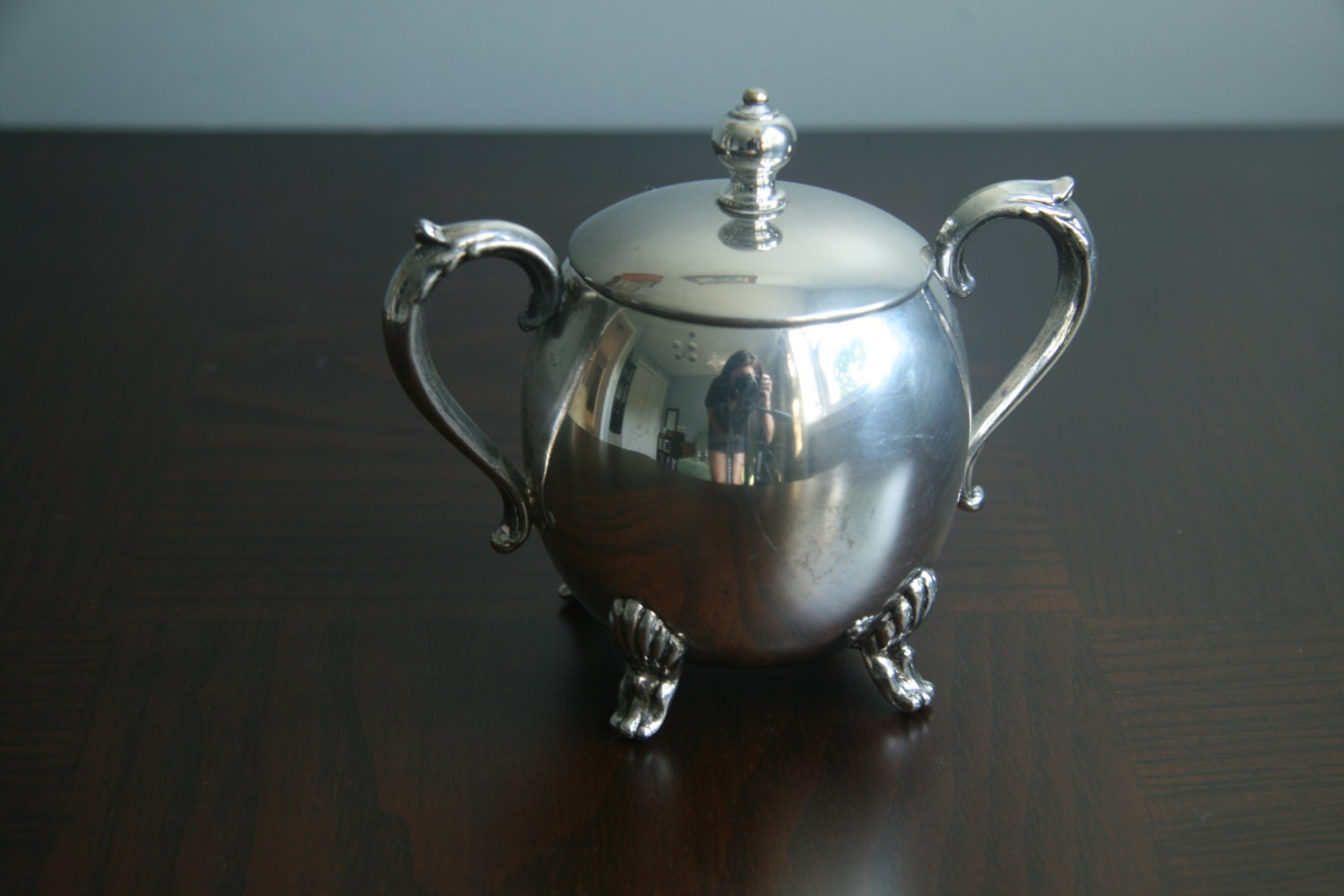 english silver mfg corp footed sugar bowl with lid very nice. Black Bedroom Furniture Sets. Home Design Ideas
