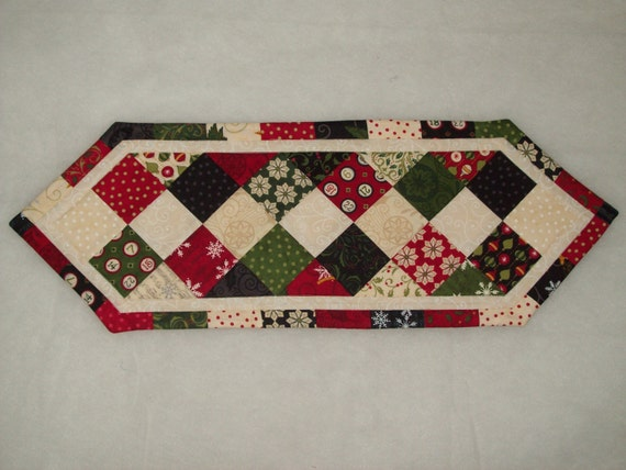 Christmas Quilted Table Runner Candle Mat Perfect For