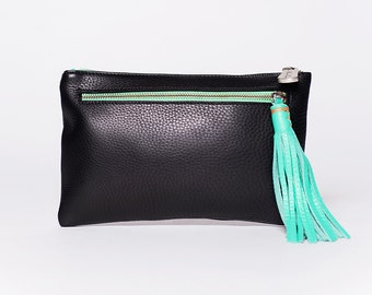 Handbag Quick clutch removable strap/ full grain leather/  black # 00/ leather tassel mint