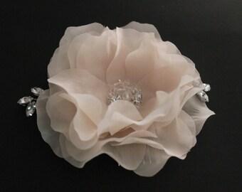 Bridal Blush Flower Fascinator with Crystals, Hair Comb with Rhinestone  Crystals, Swarovski Crystals Wedding Accessories