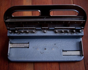Vintage Mutual Centamatic Hole Paper Punch no. 300