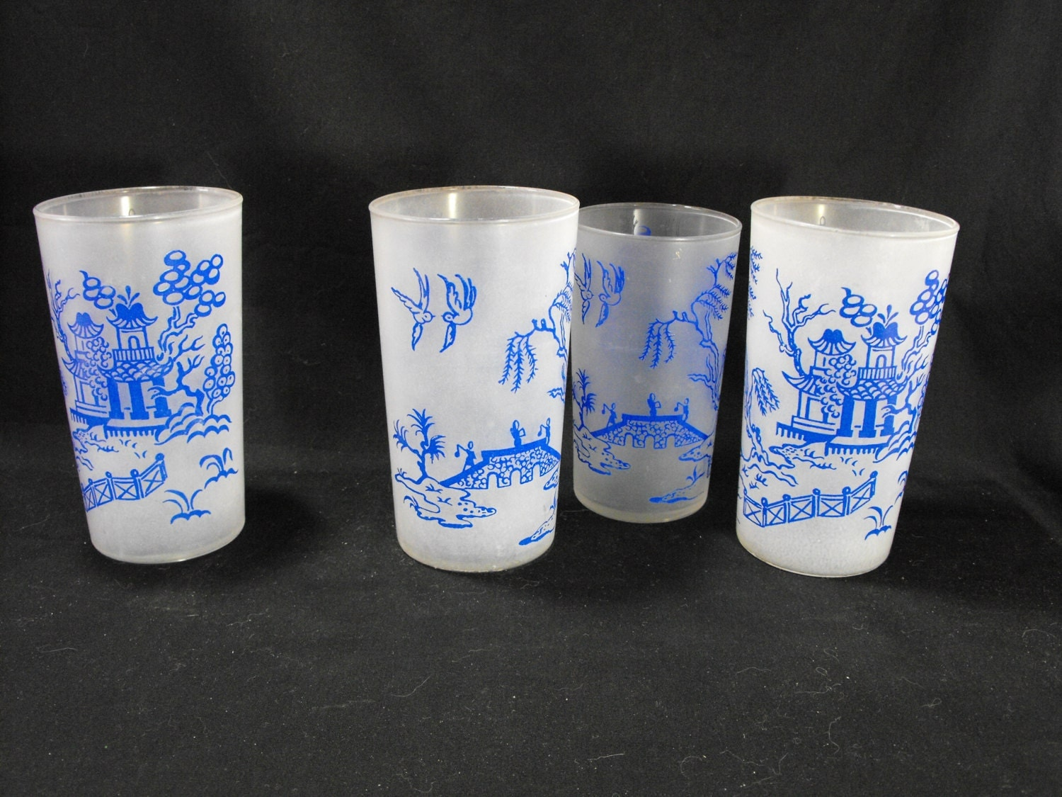 Blue Willow Drinking Glasses
