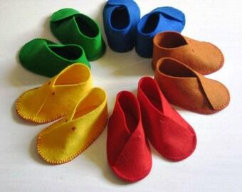 Felt baby booties, hand stitched 100% marino wool felt baby booties, gender neutral booties