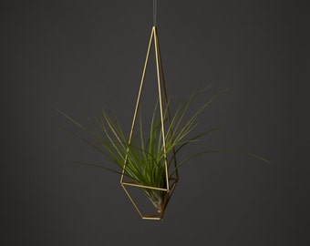 Triangle Air Planter || Modern Minimalist Geometric Hanging Ornament, Mobile, and Air Plant Holder