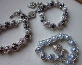 Captured Faux Pearl Chainmaille Bracelet - For 7 or 8 inches