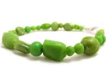 CLEARANCE Green beaded bracelet, handmade in the UK