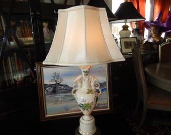 VINTAGE 1940s LAMP